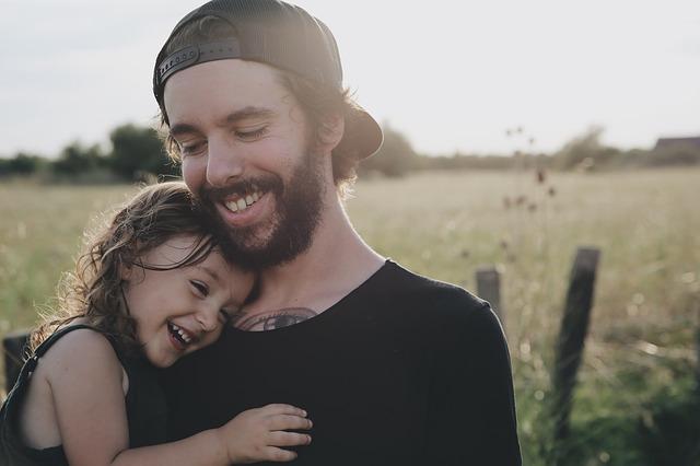šťastný otec.jpg